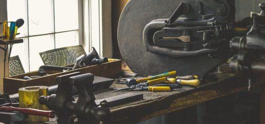 Le tour à bois est un investissement considérable. Quelques conseils pour vous aider lors de votre premier achat.