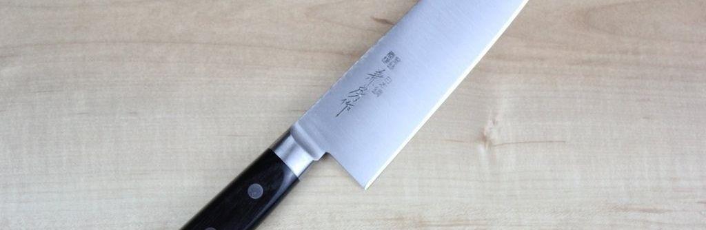 Comment déterminer les meilleurs aciers de couteaux de cuisine. On vous explique ce que vous devez attendre d'un bon acier, mais tout est une question de compromis.