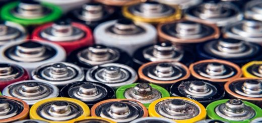 We tell you what to look out for before choosing a battery charger. The types of battery supported, but also the different technologies available.